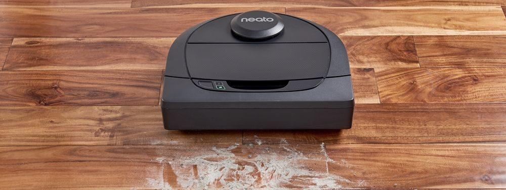 Neato Robotics D5 vs. Neato Botvac D4