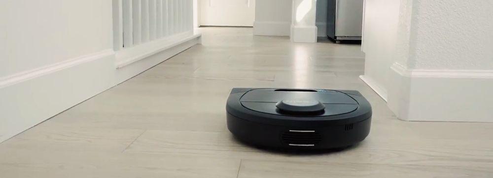 Neato Robotics D4 vs. Neato Botvac D5