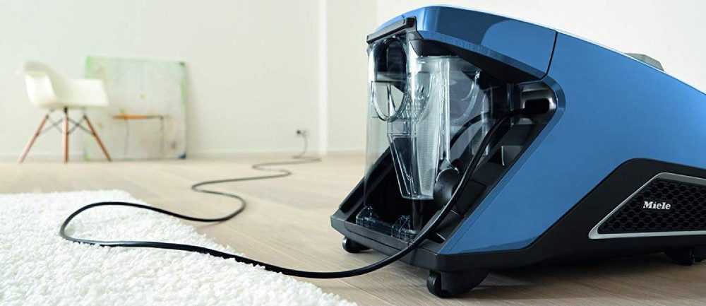 Canister Vacuums with Attachments