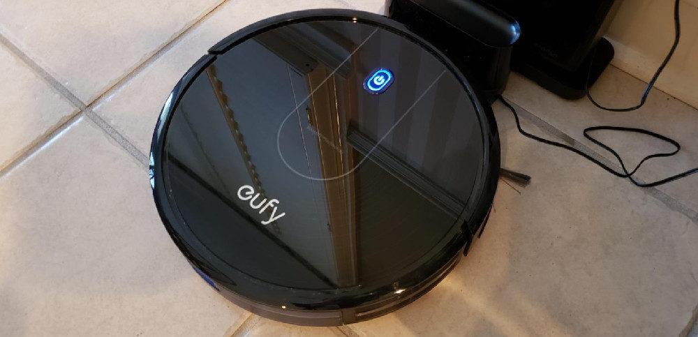 Eufy [BoostIQ] RoboVac 12 Robot Vacuum