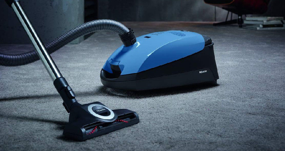 Miele Classic C1 Turbo Team Canister Vacuum Cleaner Review