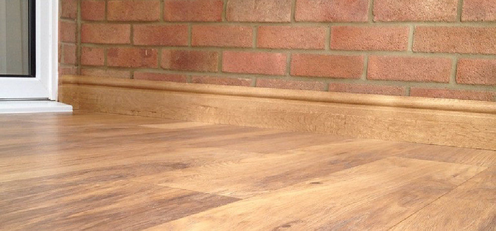 What is the best way to clean laminate flooring?