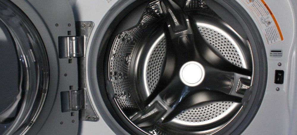 LG WM3997HWA Steam Washer/Dryer Combination Review