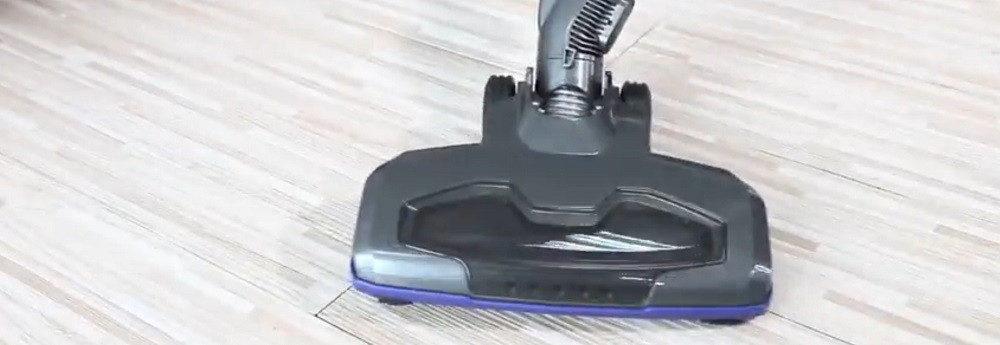MOOSOO Stick Vacuum Cleaner