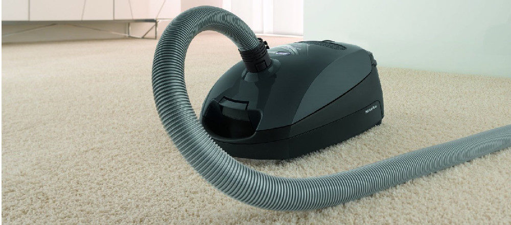 Miele Classic C1 Pure Suction Canister Vacuum Review
