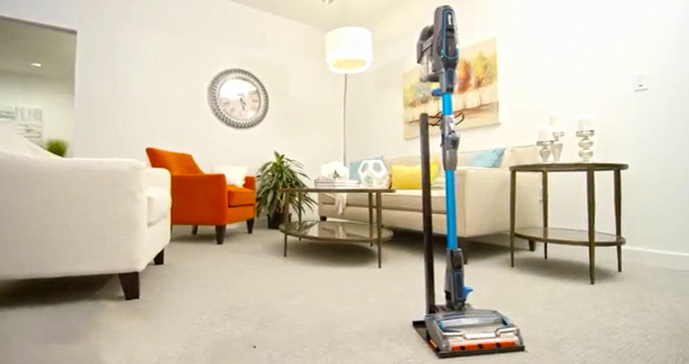 Shark IONFlex Ultra-Light Stick Vacuum