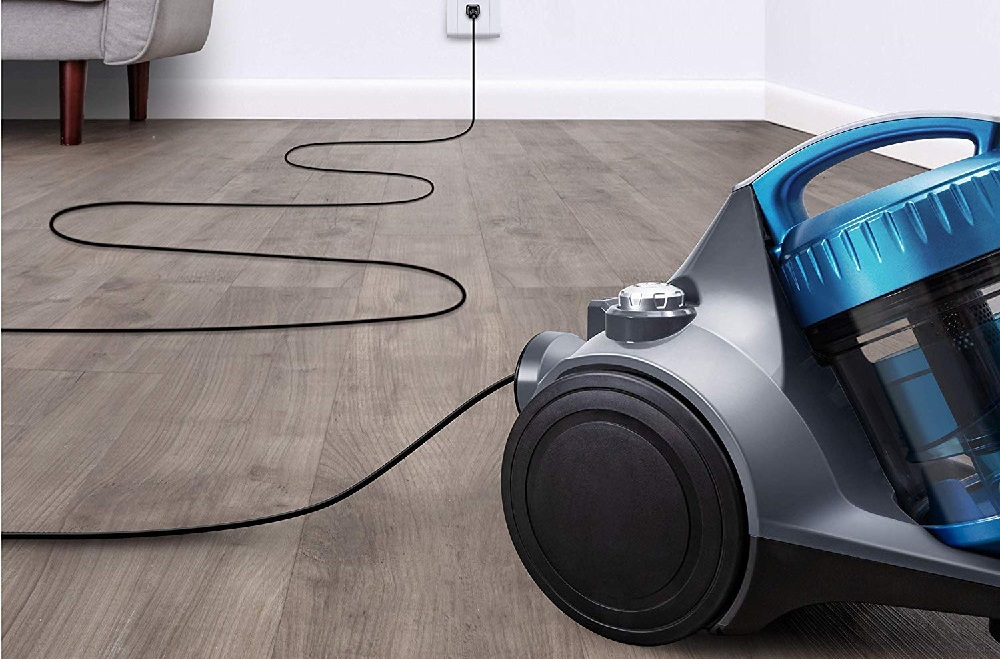 Eureka Whirlwind Bagless Canister Vacuum Review