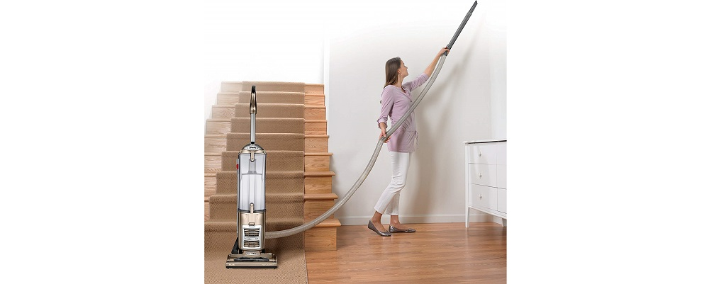 Shark Navigator  NV70 Upright Vacuum Review