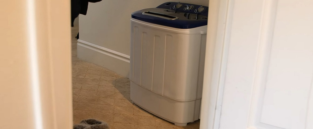 Compact Twin Tub Washing Machine