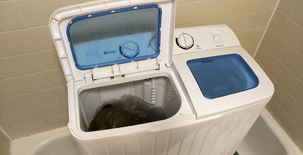How Does a Portable Washer Work?