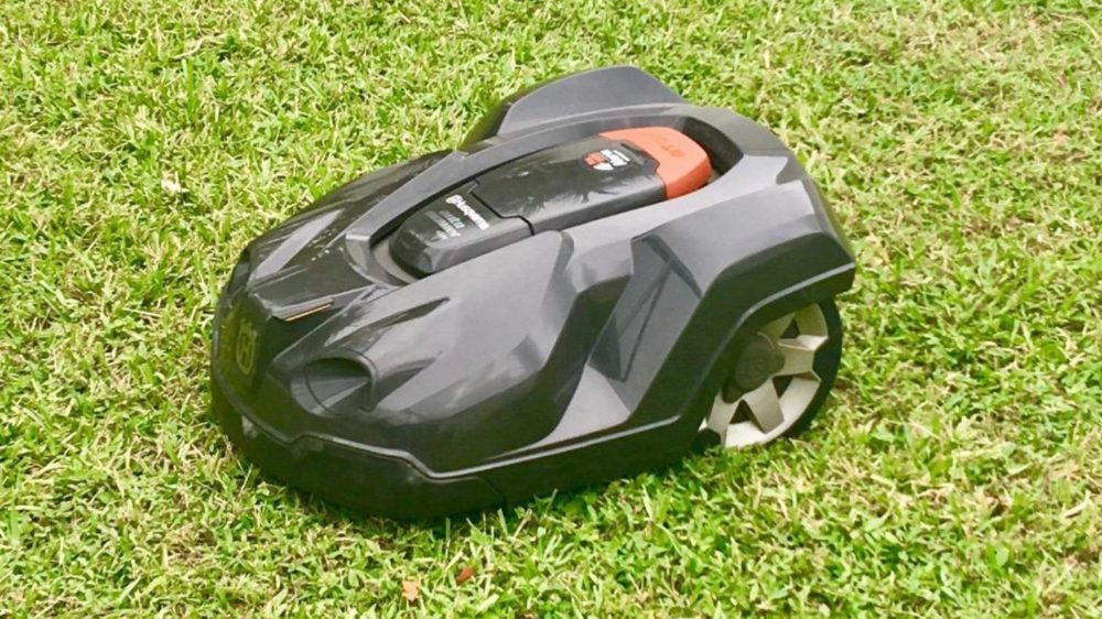 To Consider Before Buying A Robot Lawn Mower
